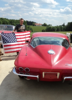 1964 CORVETTE STINGRAY RED im ORIGINALZUSTAND